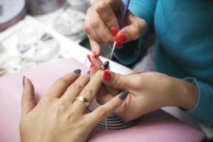 Do UV Nail Salon Lamps Pose a Skin Cancer Risk